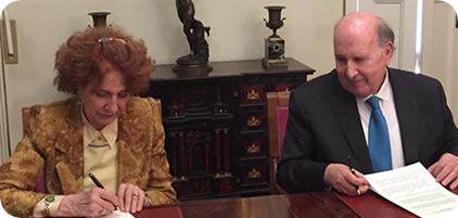 Firma de convenio entre la Real Academia de la Historia y la Fundación Tatiana Pérez de Guzmán el Bueno