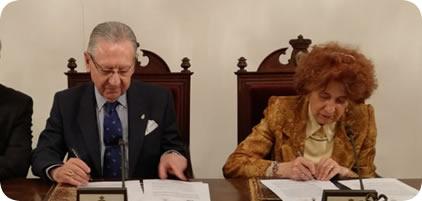 Firma de convenio entre la Real Academia de la Historia y la Real Asociación de Hidalgos de España