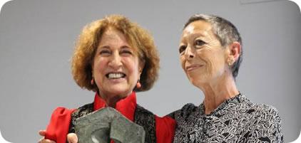 Carmen Iglesias, directora de la Real Academia de la Historia recibe el premio de la Fundación Mario Onaindía