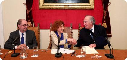 Firma de convenio entre la  Real Academia de la Historia y Fundación Ibercaja