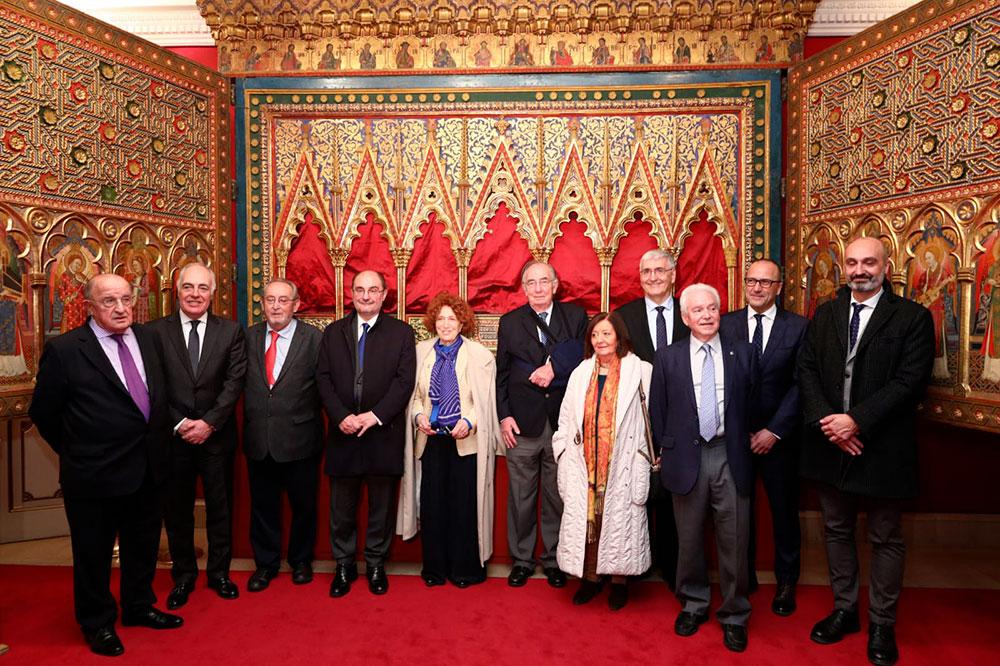 Firma de convenio entre la Real Academia de la Historia y la Fundación Ibercaja