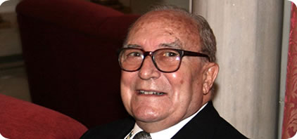 Fallece Carlos Seco Serrano, académico decano de la Real Academia de la Historia