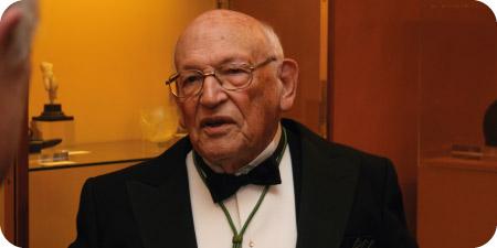 Fallece Francisco Rodríguez Adrados, académico de la Real Academia de la Historia